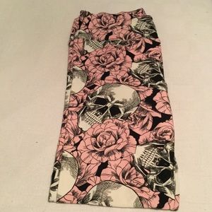 Lularoe Tc fits 12-18